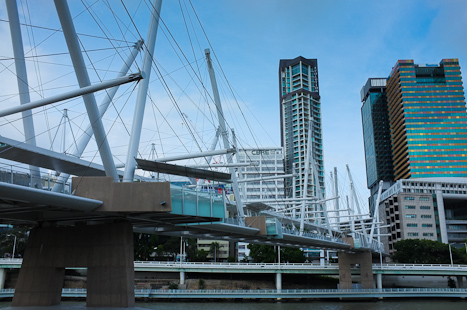 What a great city we live in! The Kurilpa Bridge leading to Nort