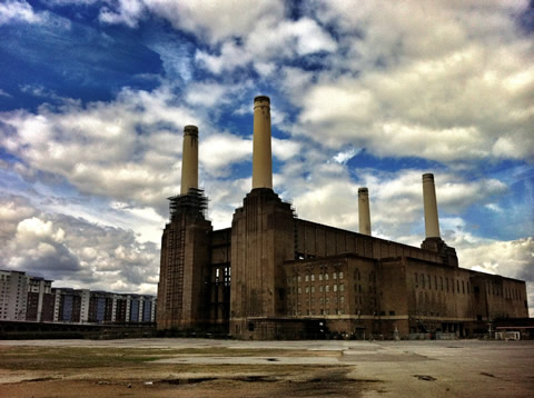 London icon - Battersea Power Station